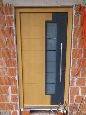 lesena vrata dvobarvna